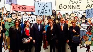 Didier Reynders décore Fanny Rodwell, Chevalier de l'Ordre de Léopold